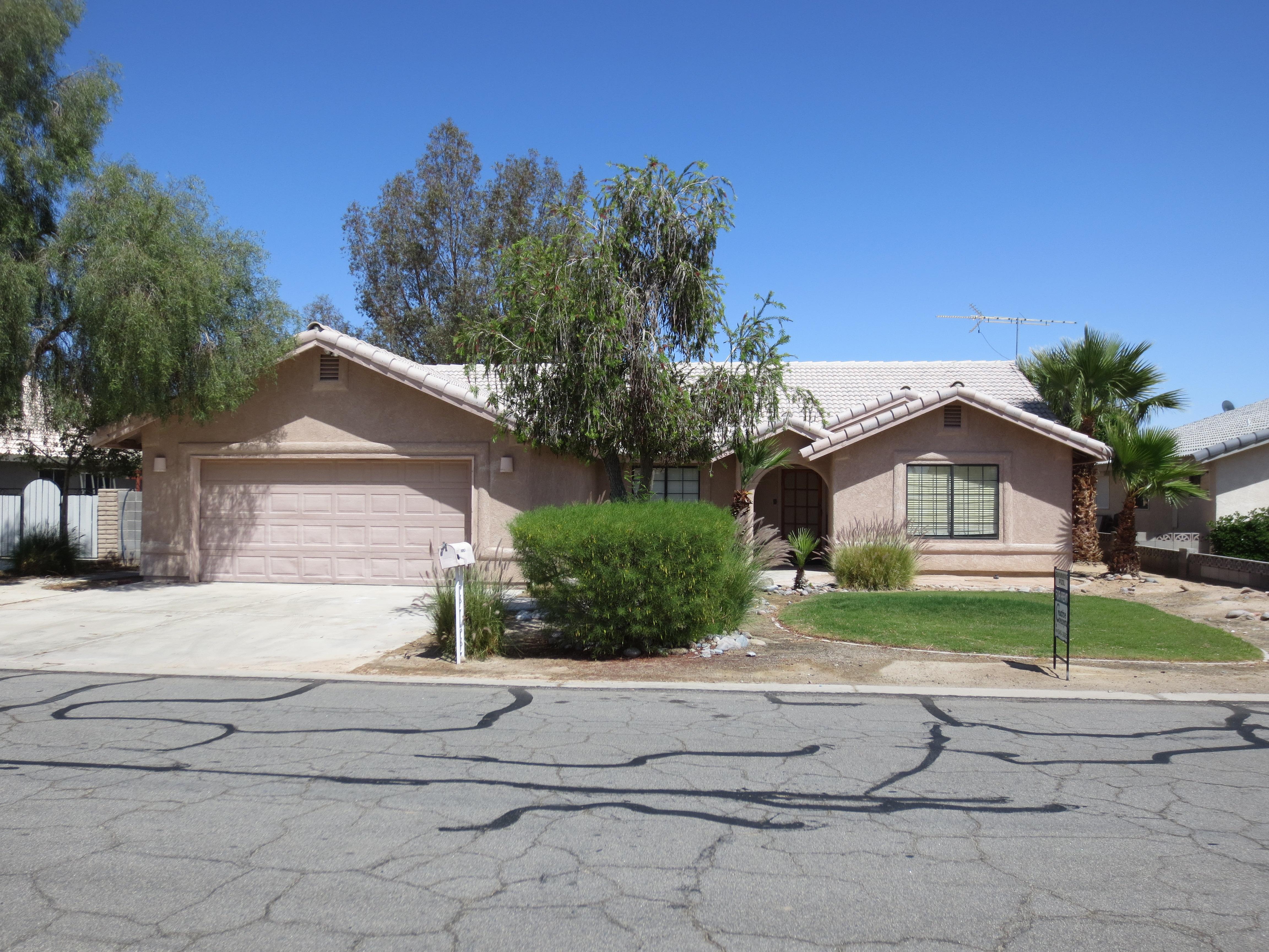 10625 E. Del Vista Drive POOL HOME