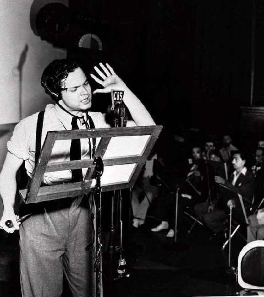"""Orson Welles em """"The Night That Panicked America"""""""