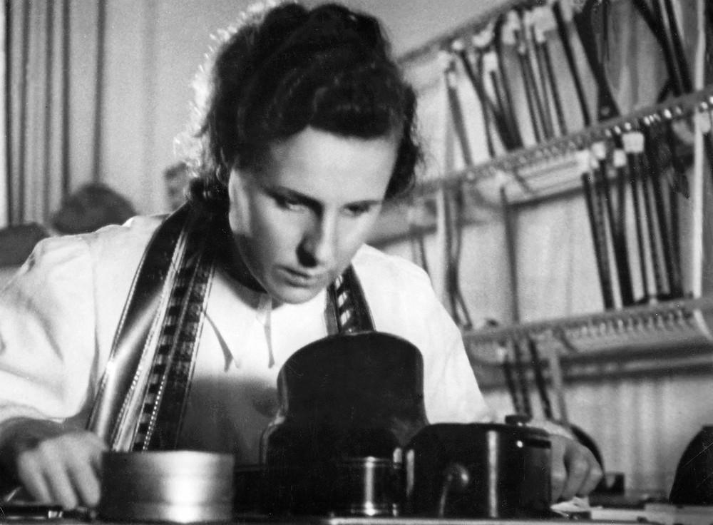 Cineasta e montadora Leni Riefenstahl.