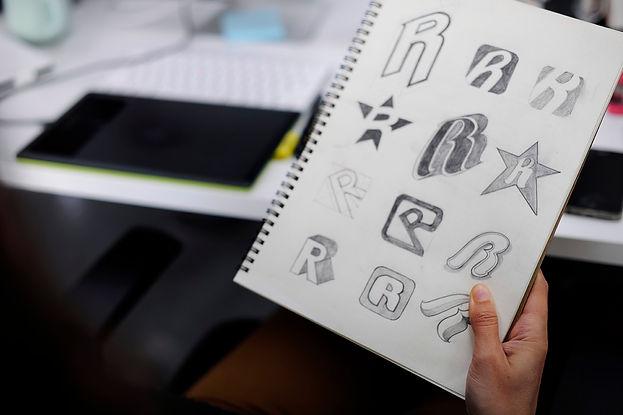 Creation de logo 01.jpg
