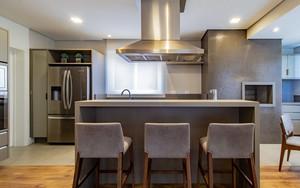 Apartamento: Pouca ornamentação realça funcionalidade dos ambientes com um estilo contemporâneo
