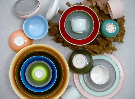New imperial porcelain by Middle Kingdom
