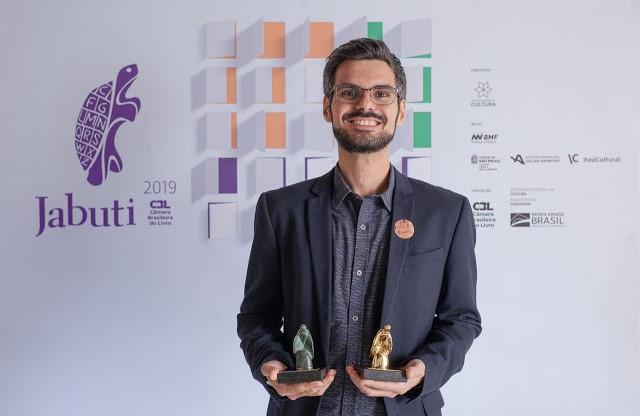 Pedro H. G. Ferreira de Souza conquista o Livro do Ano do Prêmio Jabuti 2019