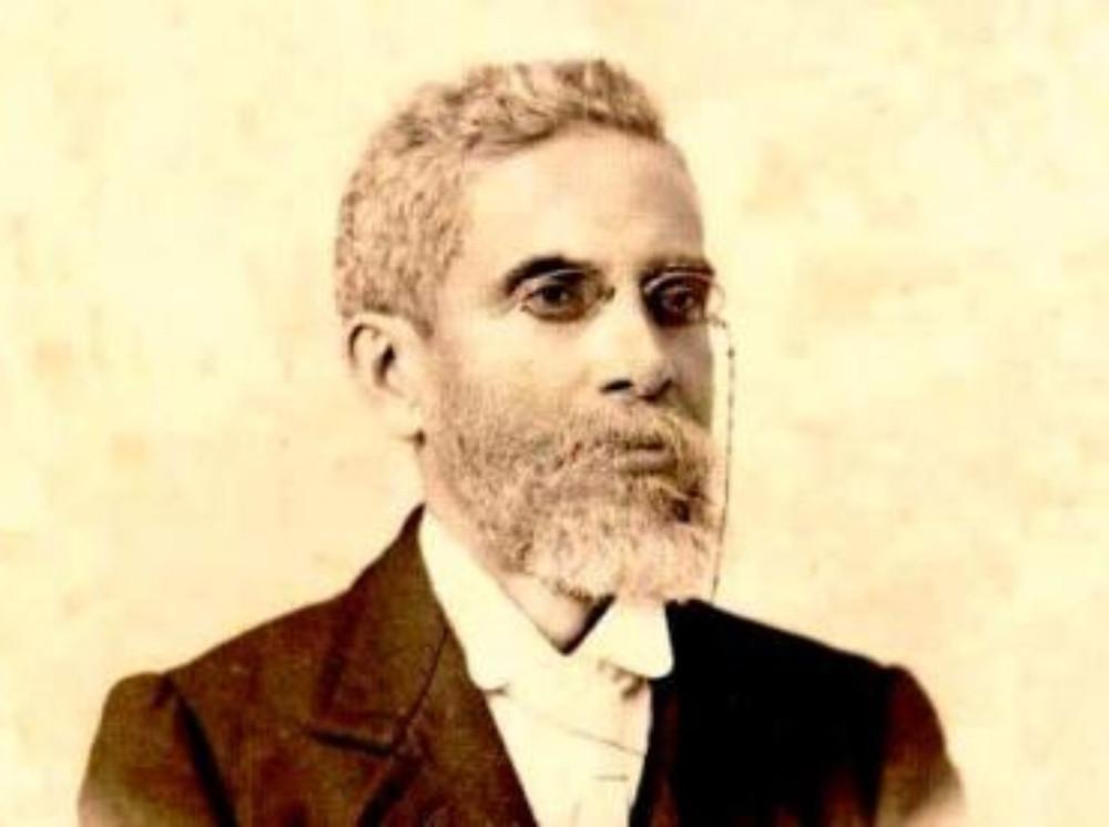 Machado de Assis - Análise Literária