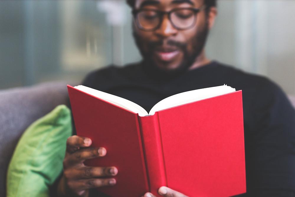 Lista com 15 livros com muitas páginas