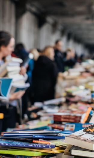 Mercado Editorial: Livros Mais Vendidos no Brasil em 2015