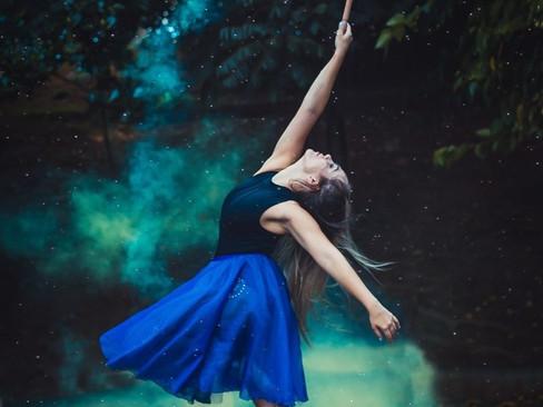 Dança: Dança Solta - História, características e benefícios dessa modalidade dançante