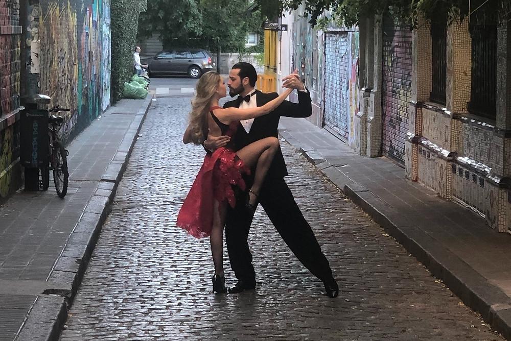 Dança de Salão: estilos, ritmos e técnicas