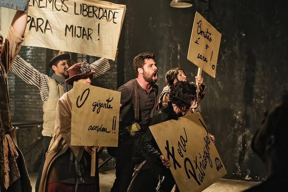 Peça teatral Urinal - O Musical