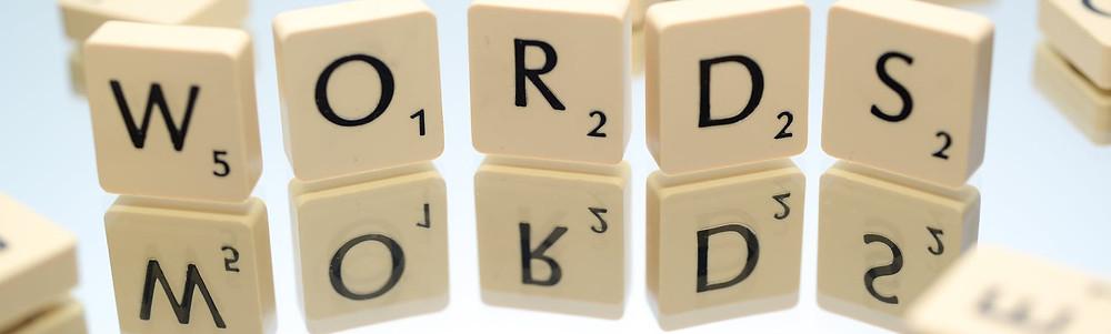 Item 10 - Usar palavras e expressões antigas