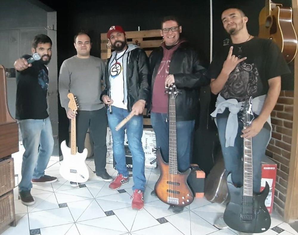 Músicos da banda Alquimistas Sonorus