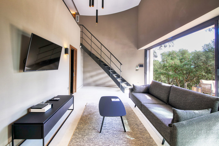 Villa Mathilde living room 2.jpg