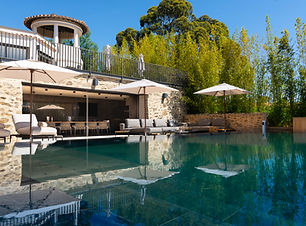 Villa Victoire pool and poolhouse 1.jpg