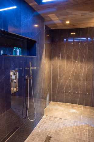 Villa Mathilde shower.jpg