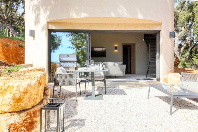 Villa Mathilde terrace.jp2
