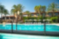 zona-piscina-camas-balineas-solarium-4-5