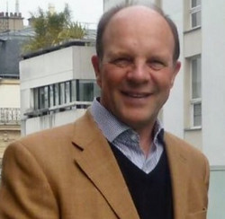 Mr David Mitchell