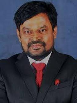 Dr Vinay Asthana