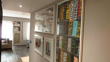 Joseph Vithaya, bon décorateur, Paris 14, 75014, appartement Paris 11e, décoration d'un couloir, relooking, miroir, cadre, image, photos, décoration, graphique, street art