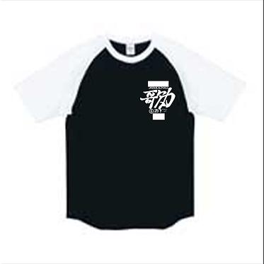 歌力TシャツB&W.png