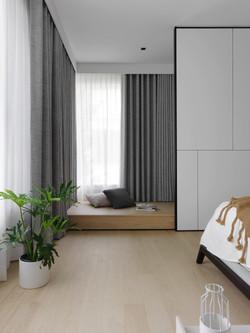Bedroom 1 . Reading corner