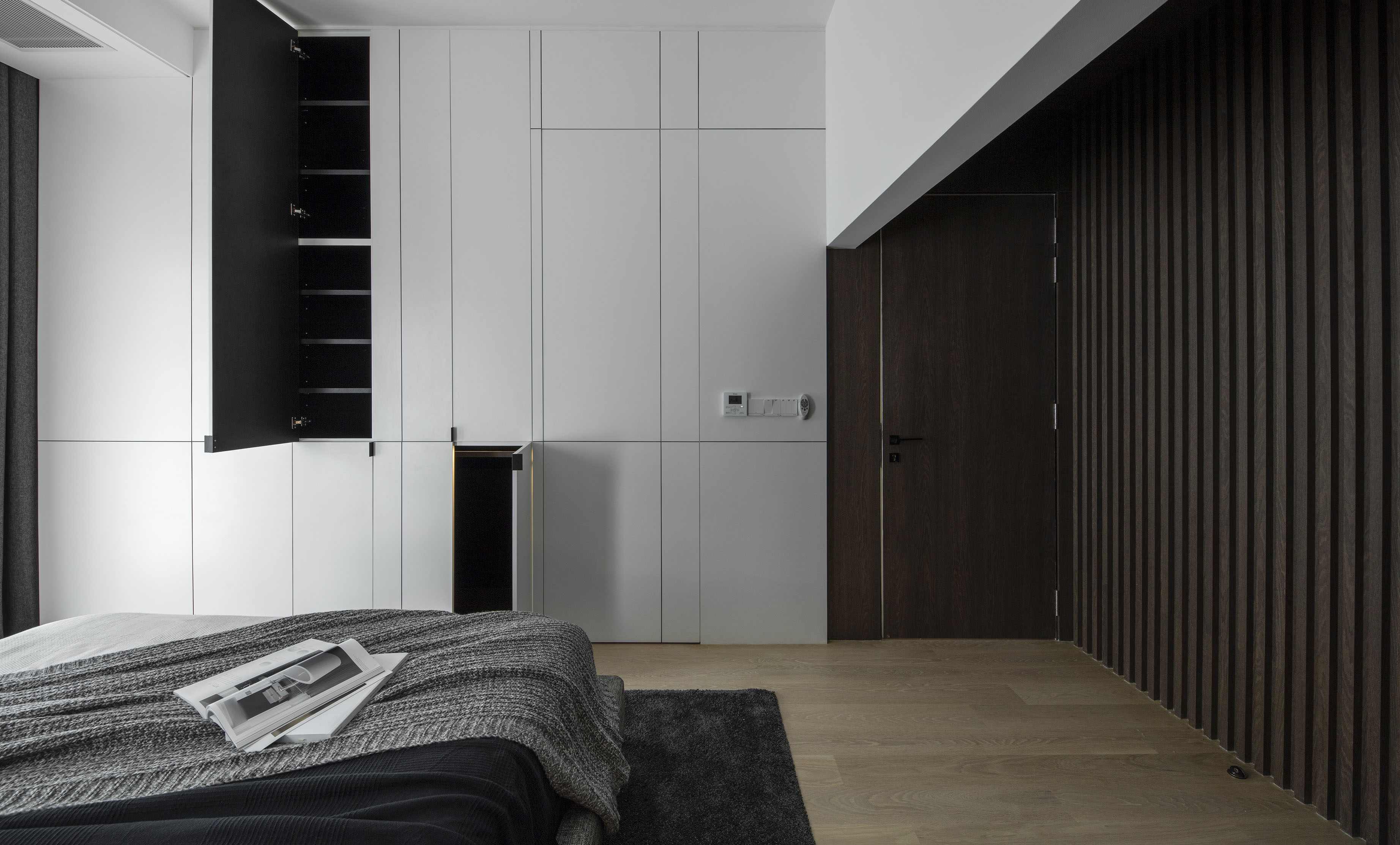 Master room . Storage