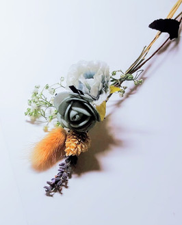 wedding corsage 1.jpg