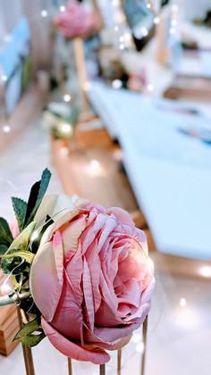 classic elegance wedding florals 2.jpg