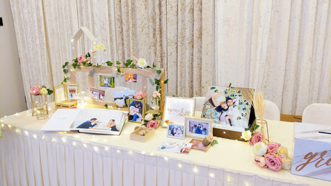 classic elegance wedding venue decor 2.j