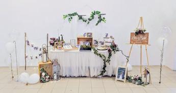 modern rustic lunch wedding decor 1.jpg