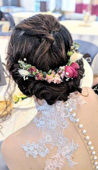 modern rustic bridal hairpiece.jpg