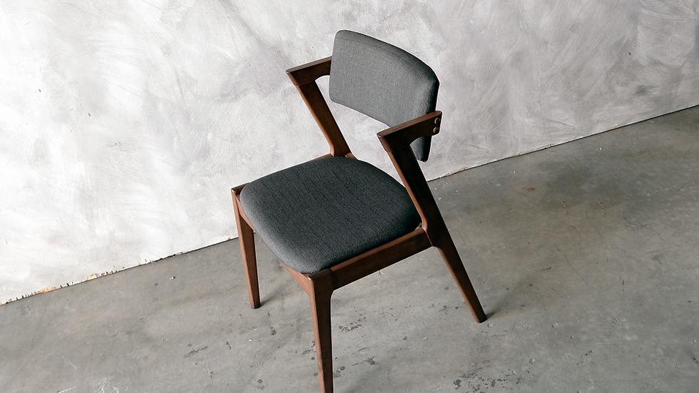 Mosa Chair
