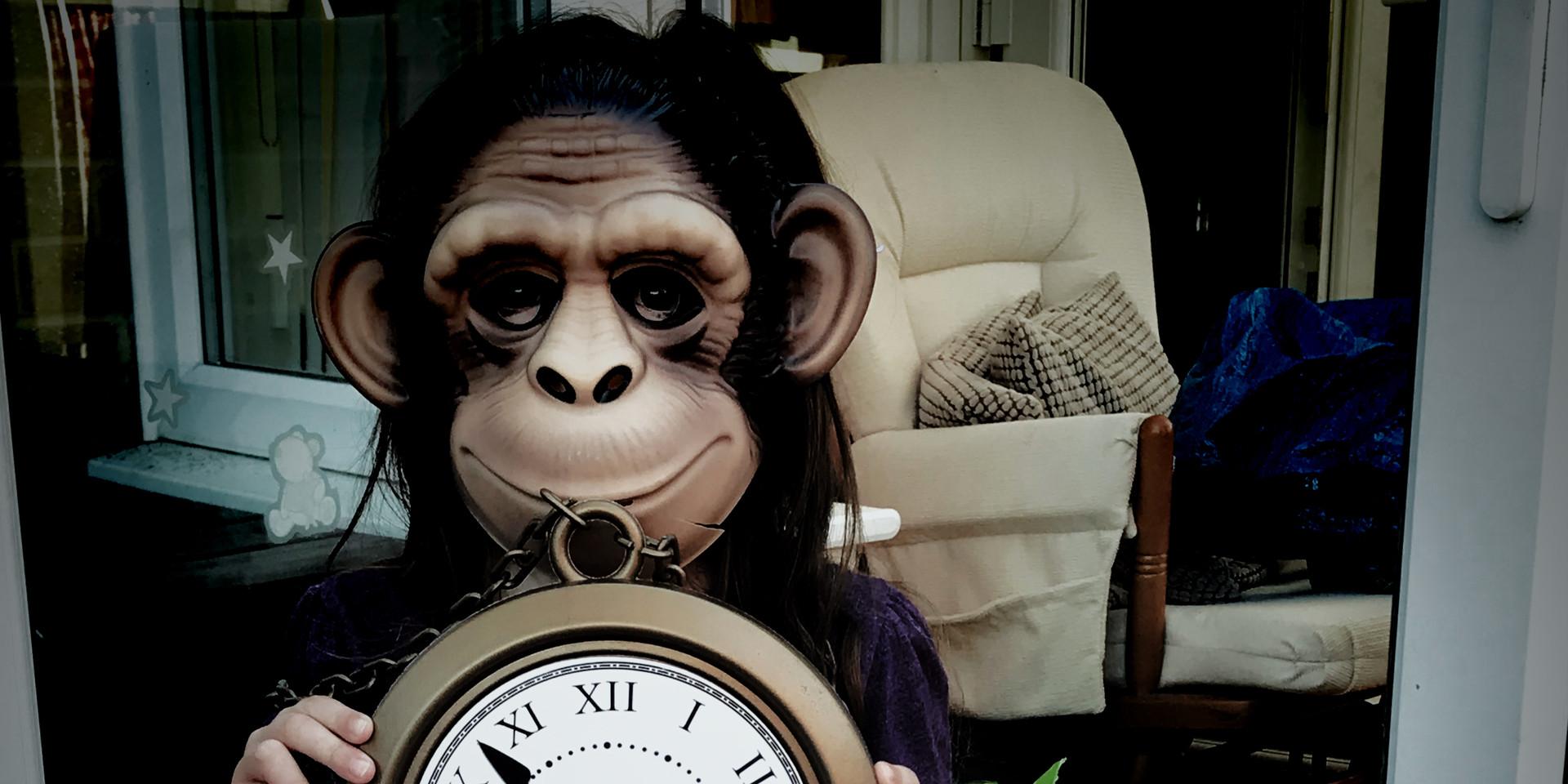 clock monkey.jpg