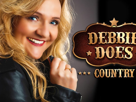 Debbie Does Country - Feel Great - on Delux Radio - Music With Personality