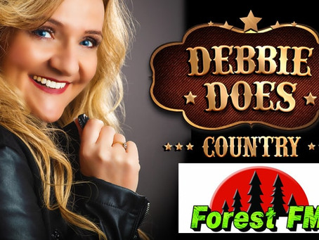 Can't Get Enough Debbie Does Country? then tune in on FOREST FM 92.3 📻