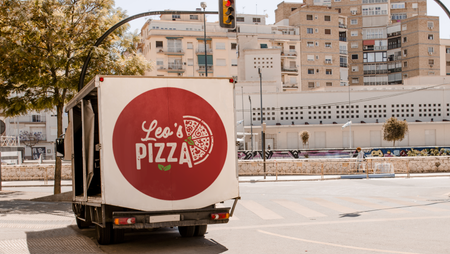 Camion Leo's Pizza.png