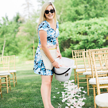 Considerations when hiring a wedding professional