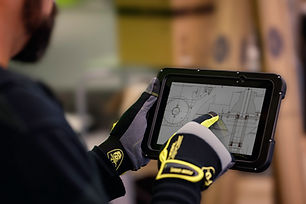 et5x-tablet-warehouse-gloved-5212.jpg