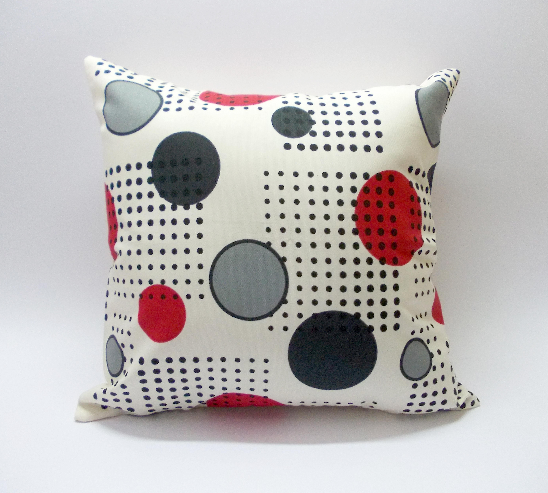 Diseño Círculos Rojos