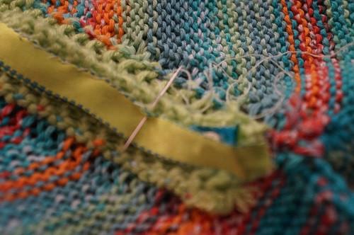 Les aimants sont recouverts par le ruban