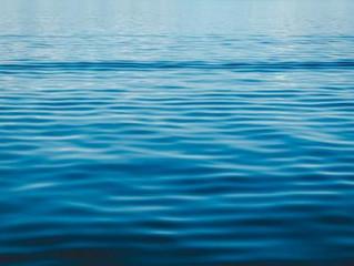 Comment nait un nouveau modèle de layette, une inspiration au parfum de mer…
