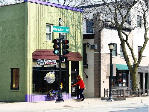 Libertyville, Milwaukee Ave, Print #88 Yee's/Green Room