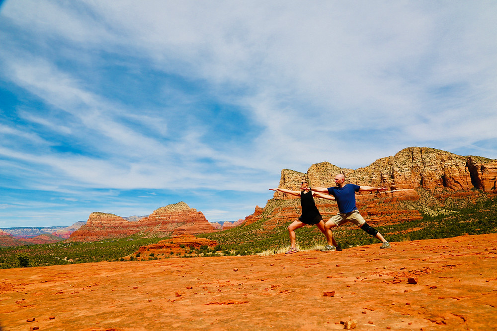 hike, bell rock, Sedona, travel, road trip, spring break, outdoors, Arizona, top, end, view, couple, yoga, energy vortex
