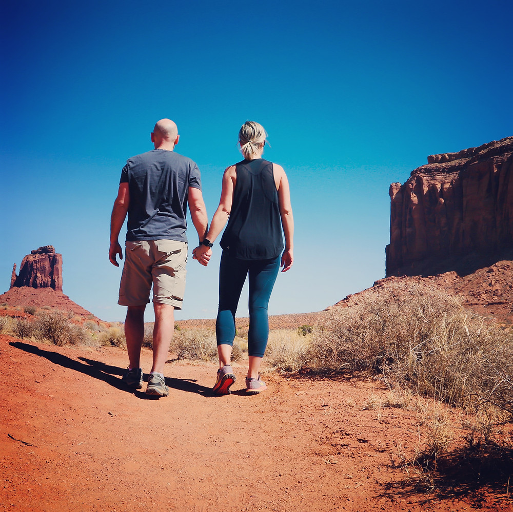 Monument Valley, Utah, USA, hike, view, Navajo, Atlas hand in hand, couple
