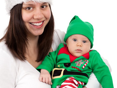 Holiday Gatherings: 10 Hot Button Things That You Should Never Say To A Breastfeeding Mom