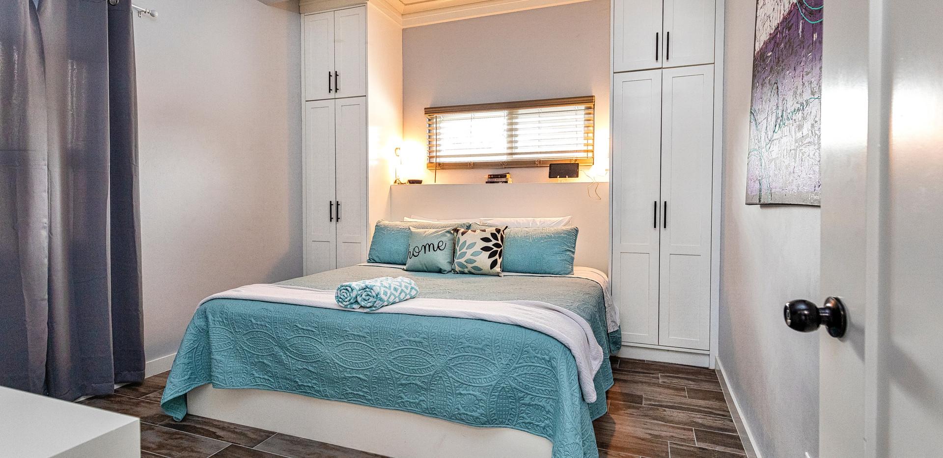Villa Bedroom, comfy king bed