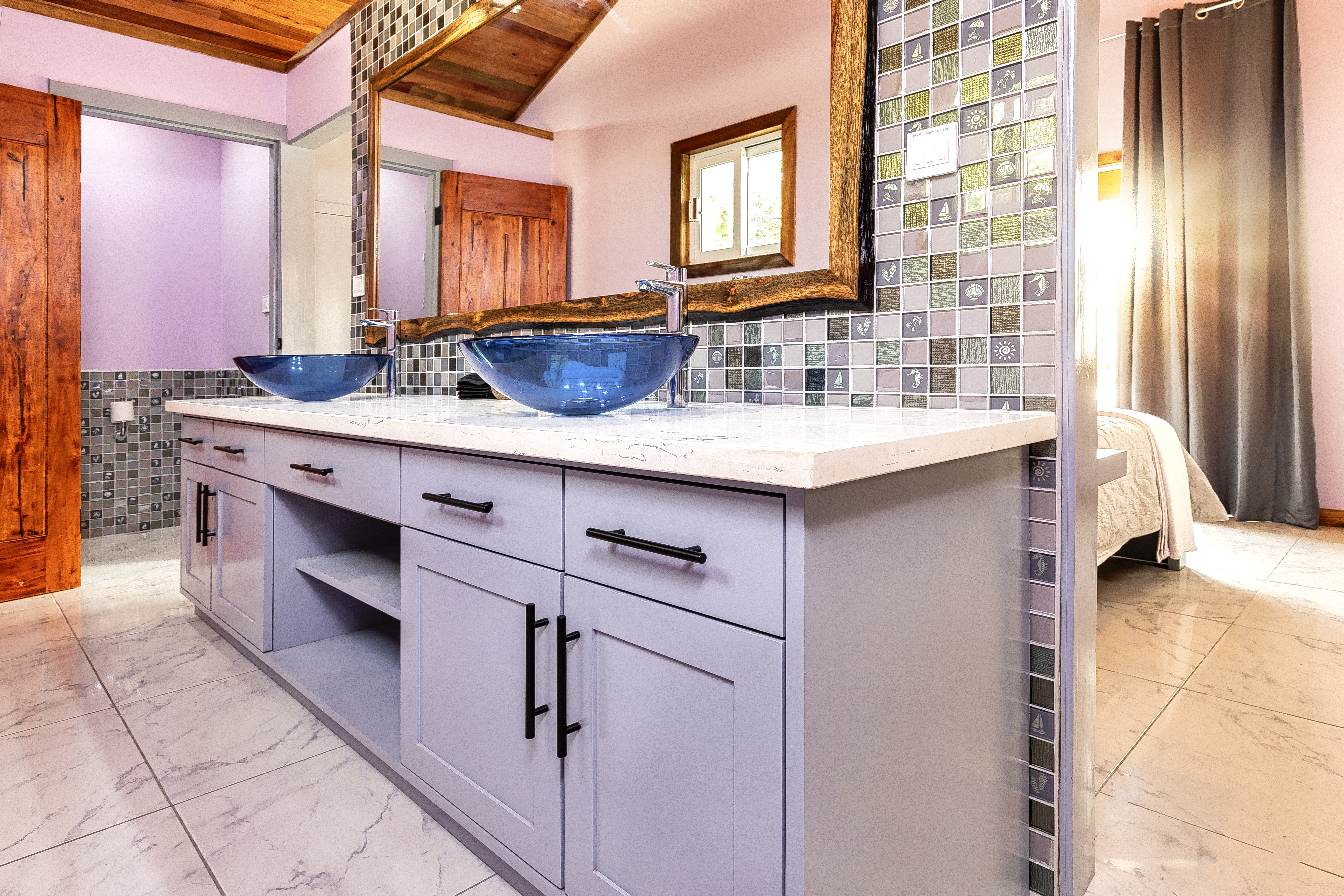 Casita Bathroom with double vanity