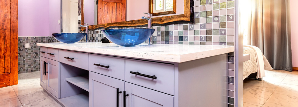 Casita Bathroom - double vanity