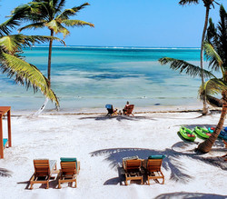 Enjoy the oceanview at Mangata Villas