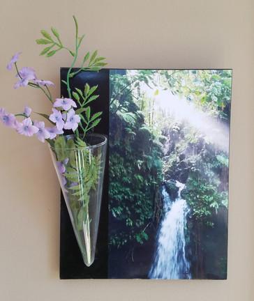 Dominican Waterfall flower vase